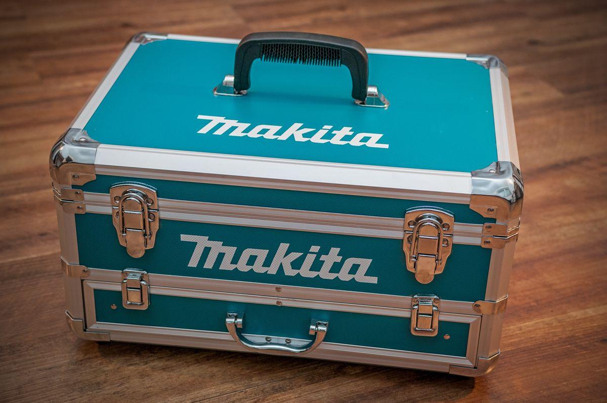 Männer Beauty Case von Makita